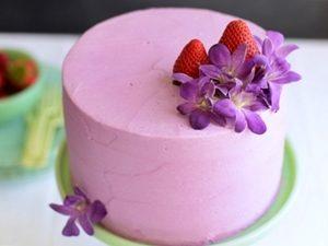 pastel de fresa con foundant